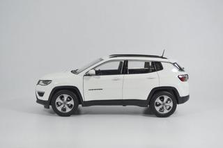 Miniatura Jeep Compass Limited Escala 1:18 Perfeito
