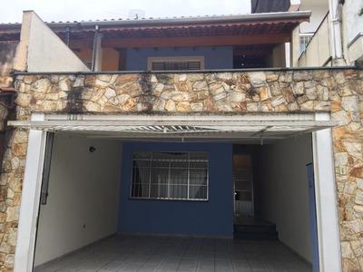 Casa Sobrado Lindo Rua Particular Com Total Segurança