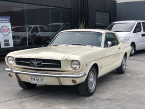 Ford Mustang 2p Coupe