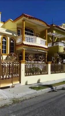 Se Vende De Oportunidad Residencial Valera Guzmán Rd$8,300,0