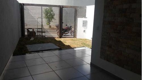 Casa Geminada Com 3 Quartos Para Comprar No Cândida Ferreira Em Contagem/mg - 3782