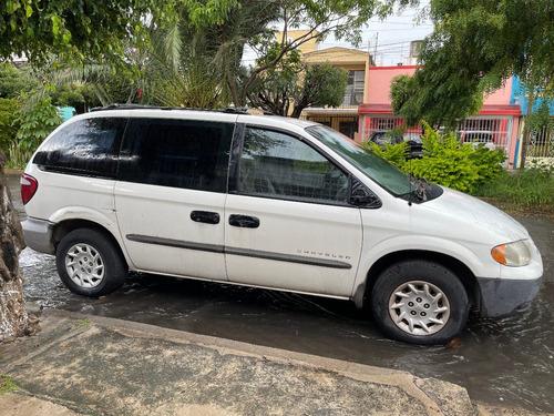 Imagen 1 de 9 de Chrysler Voyager