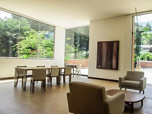 Apartamento En Arriendo Poblado 472-1201