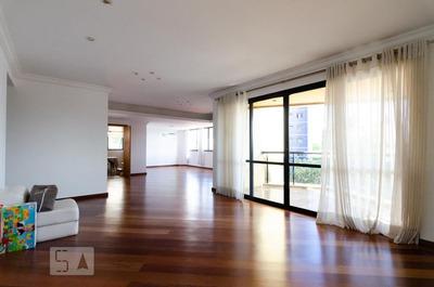 Apartamento No 3º Andar Com 4 Dormitórios E 3 Garagens - Id: 892879892 - 179892