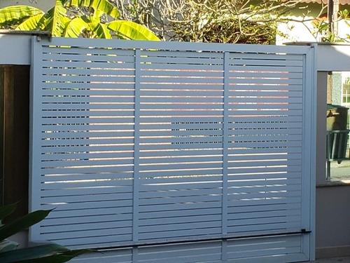 Imagem 1 de 2 de Portão De Alumínio