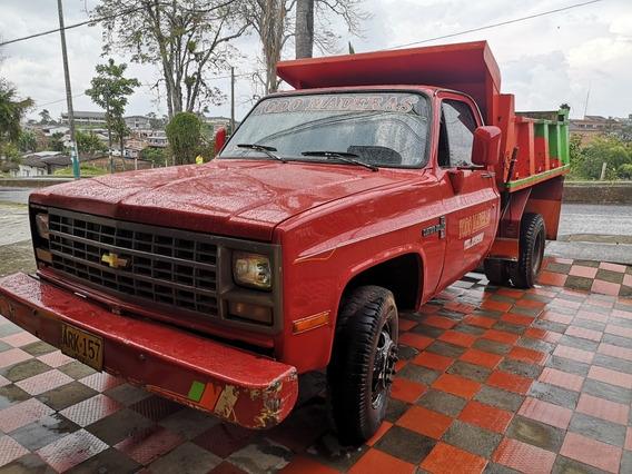 Volqueta Chevrolet C30