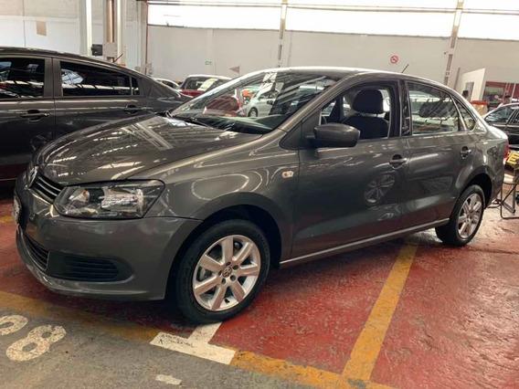 Volkswagen Vento 1.6 Active Std 5 Vel Ac 2014