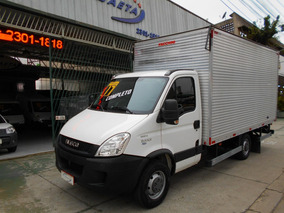 Iveco Daily Chassi 35s14 16/17 C/ Baú + Ar- Cond