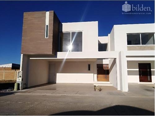 Casa Uso De Suelo En Venta Fracc. Villas De Zambrano En Durango