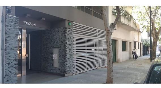 Duplex En Edificio 3 Ambientes Coch Terraza Propia