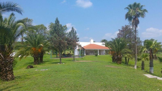 Espectacular Quinta, Rodeada De Arboles Y Hermosa Vegetación (vsc)