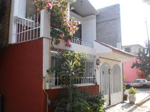Amplia Casa En Venta, Lomas Estrella, Iztapalapa
