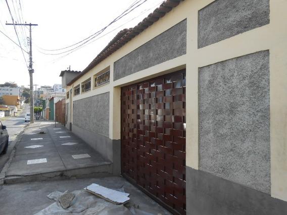 1 Casa Com 7 Barracões Em Uma Área De 1.080 Mts² No Bairro Novo Riacho - 1644