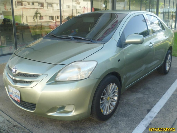 Toyota Yaris Belta - Sincronica