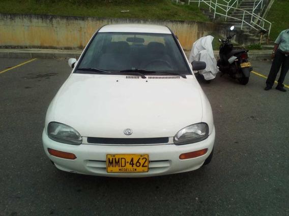 Mazda 121, Blanco, Excelente Estado