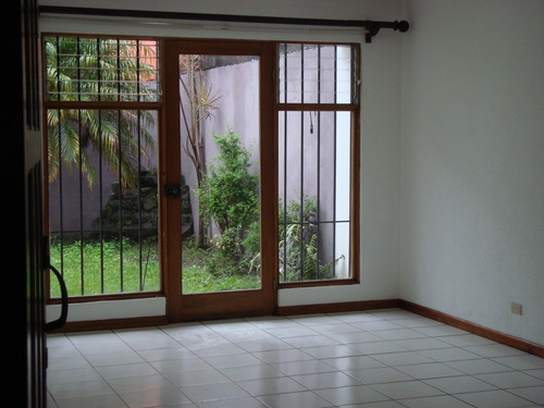 Imagen 1 de 14 de Casa En Residencial Real Santamría. Zona Alta Conectividad