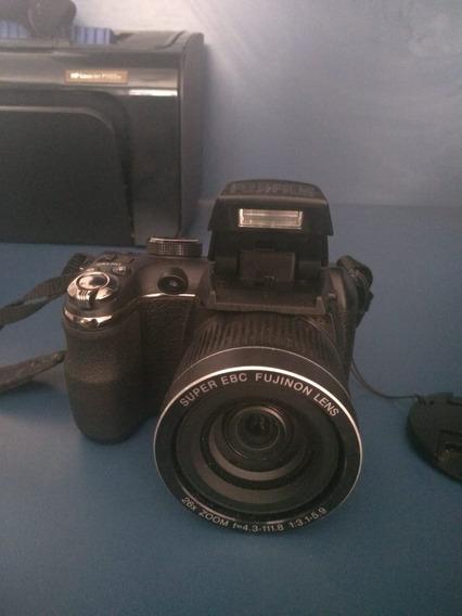 Câmera Fuji S3300 Semi-profissional 14mp + Bolsa