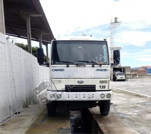 Caminhão Ford Cargo 2628 E - 6x4 R