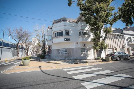 Hermosa Casa Sobre Lote Propio 5.93 Mts. X 21.25 Mts. Refaccionada (8/4 Años) - Almagro