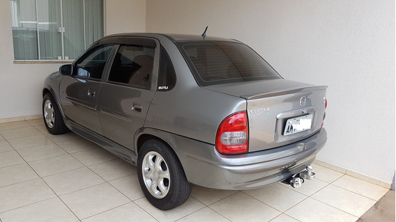 Corsa Sedan Classic Super 1.0 Vhc 2004/2005