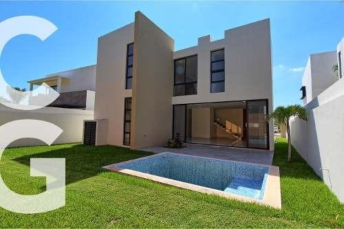 Casa En Venta En Cancun En Residencial Lagos Del Sol Nueva