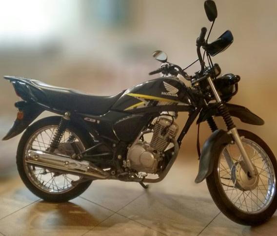 Honda Cb1 125 Tuf. Mod 2014. 5700 Km. Papeles Al Día. Nueva