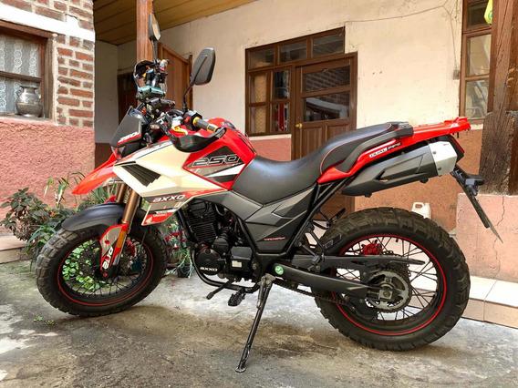 Motocicleta Axxo Tracker 250 Full Semi Nueva 1040km