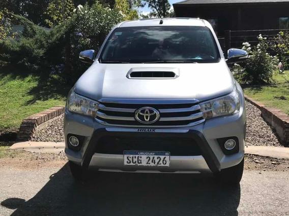 Toyota Hilux 3.0 Cd Srv Cuero Tdi 171cv 4x2 - E4 2016