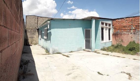 Casa A Buen Precio En Urbanización Santa Ines