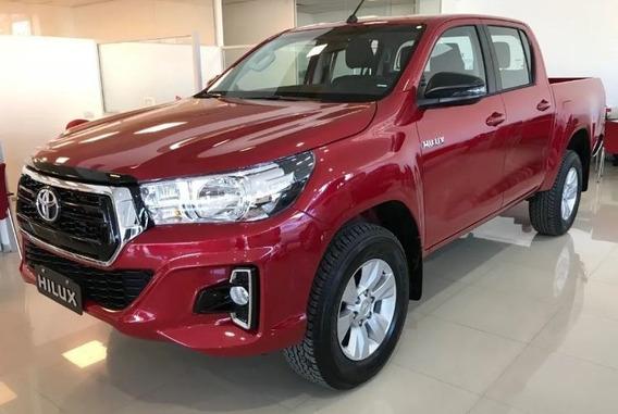 Toyota Hilux 4x2 D/c Sr 2.4 Tdi 6 M/ T (2020)