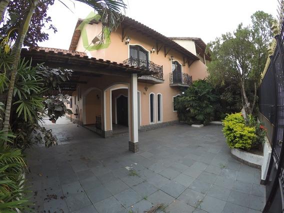 Aluguel - Casa 03 Quartos No Bairro Califórnia