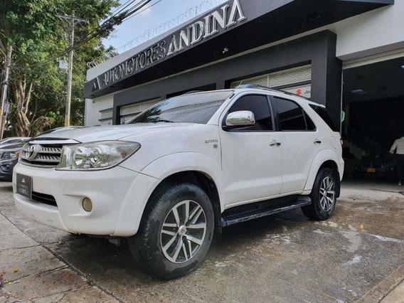 Toyota Fortuner Urbana Automática 2012 2.7 Rwd 317