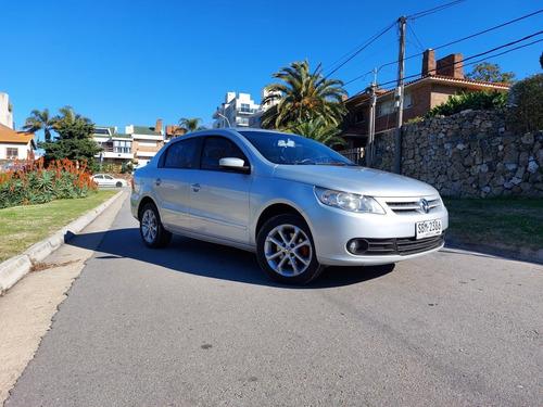 Volkswagen Gol Sedan 1.6 G5 Confort Trend Full 2011 Nafta