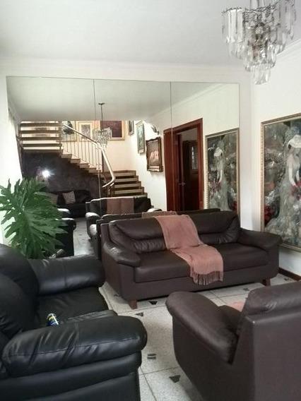 Casa En La Urb. El Trigal, Valencia. Cod: Nac-116