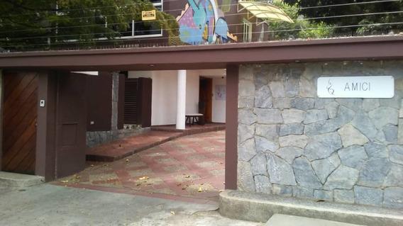 Se Vende/alquila Casa 365m2 7h/7b/14p Altamira