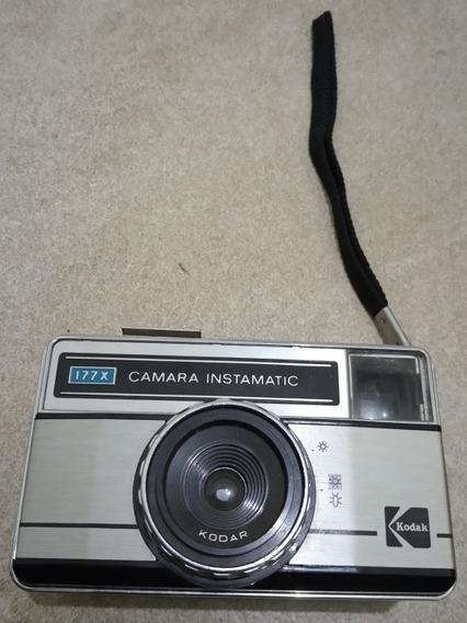 Câmara Kodak Instamatic Antiga