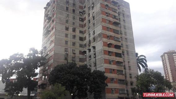 Apartamento En Venta Av Ayacucho Maracay Cód: 19-15662 Mfc