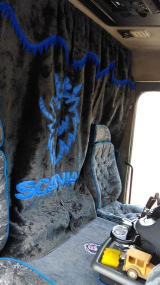 Cortina Scania Meio Cabine Em Pelucia. Personalizada E Cores