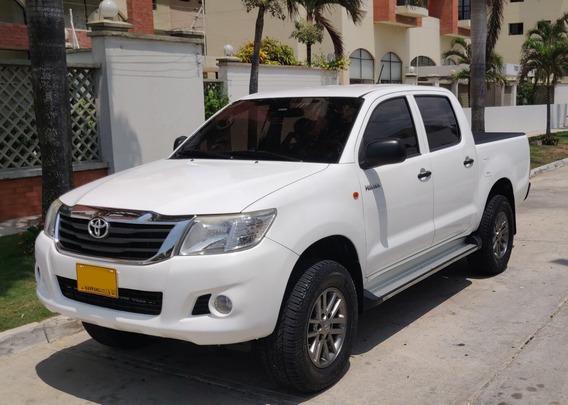 Toyota Hilux 4x4 - Diesel - 2.500 Cc