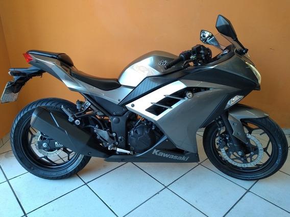 Kawasaki Ninja 300 2014 Cinza