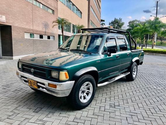 Toyota Hilux Doble Cabina 4x2 Gasoina 1997