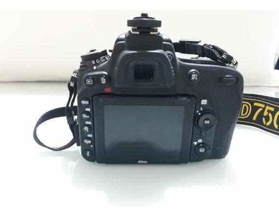 Camera Nikon D750 27k Cliques