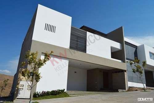 Casa En Venta Lomas Del Pedregal / Roof Garden Con Barra