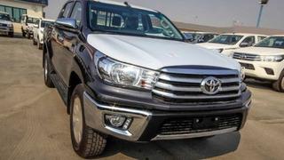 Toyota Hilux 2.4ltr Diesel Sr5 Whatsapp +971 55 231 4235