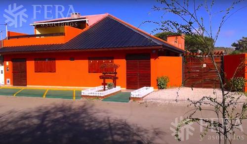 Venta De Complejo Turistico  Casa 3 Amb   12 Monoambientes  En  Mar De Ajo (27846)