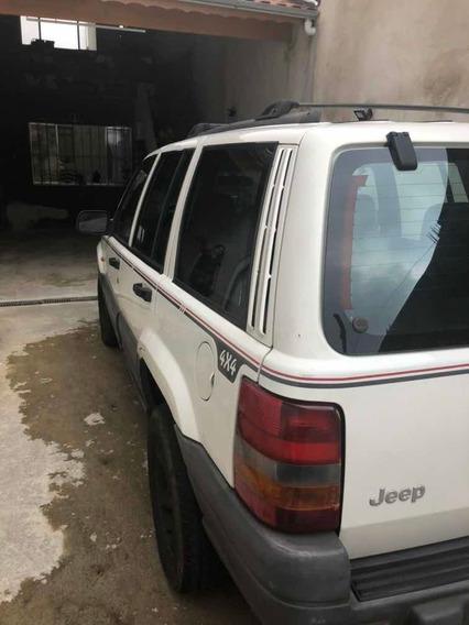 Jeep Grand Cherokee Laredo 3.7 4x4 Couro Automatica Nova
