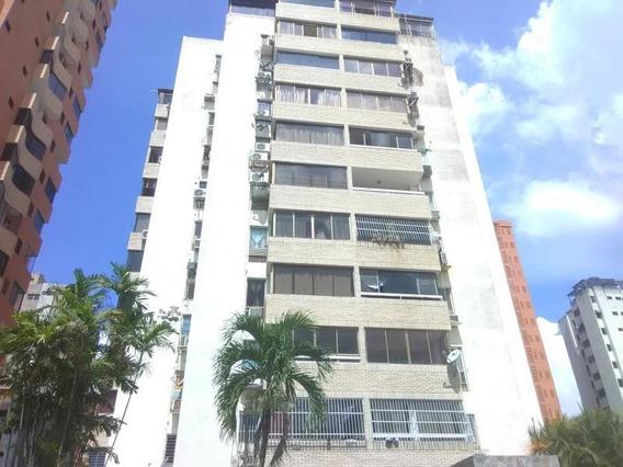 Apartamento En Venta La Trigaleña Valencia 20-4340 Polo