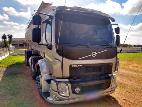 Imagem 1 de 15 de Volvo Vm 330 8x2 Bitruck Silo