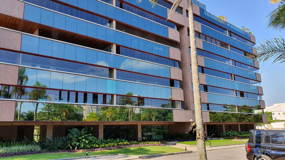 Apartamento De 244kk, 4 Quartos, Barra Da Tijuca - R$ 2.4 Mi - V44