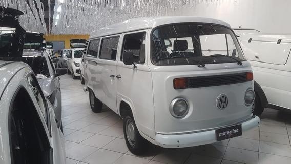 Volkswagen Kombi 1.6 3p 2005 Branco 12 Lugares
